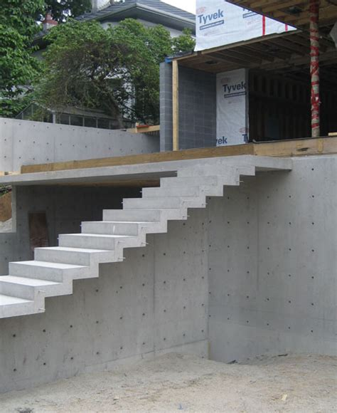 Exterior Concrete Cantilevered Stair Frontal cypress cant concrete stair 171 home building in vancouver