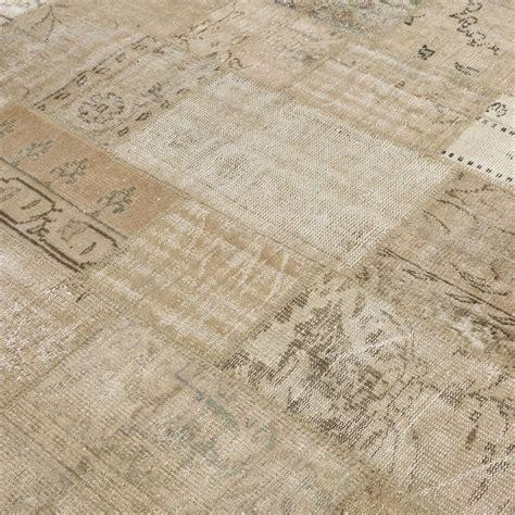 bege vintage patchwork rug 202x303cm - Flickenteppich Beige