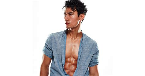 grey s anatomy nico kim actor meet the actor playing the first gay male doctor on grey