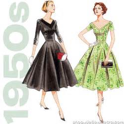 Vogue v2903 misses princess seam dress sewing pattern wesewretro