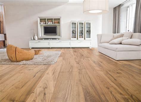 pavimenti parquet pavimento in parquet vs pavimento in laminato