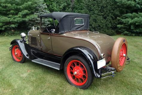 a ford 1928 ford model a roadster 154798