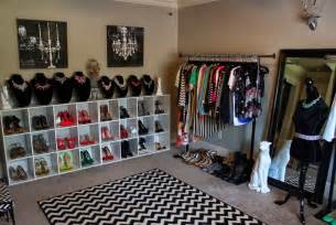 how to turn a bedroom into a closet on a budget home
