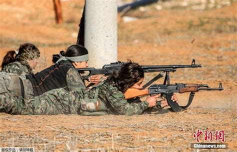 Chi n binh ng i kurd v 224 s 250 ng ak huy n tho i soha vn