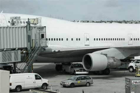 delays in global air freight