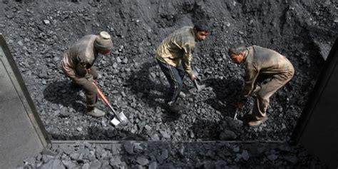 Coal L by Charbon La Fin De L 226 Ge D Or Serait Arriv 233 E