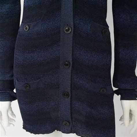 Cp Two Tone Navy Se chanel two tone stripe navy sweater set 42 at 1stdibs