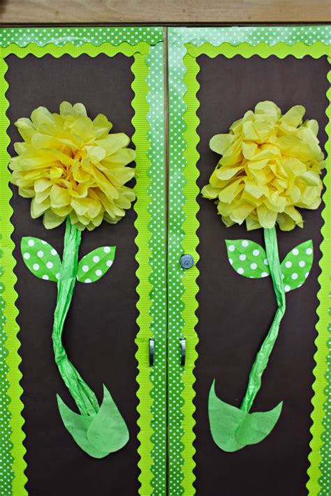 How To Make Hanging Tissue Paper Flowers - on tissue flowers or balls the tissue
