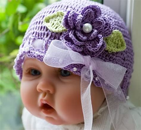 Baju Bayi Cutie gambar bayi memakai kerudung yang menggemaskan