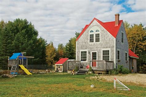Tumbleweed Cottages by Tumbleweed Tiny Houses A 648 Square Foot Home In Maine