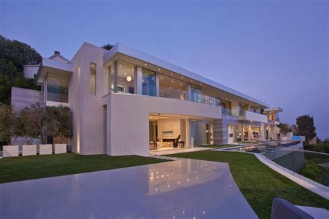 big modern house large modern home with lovely city views bel air los