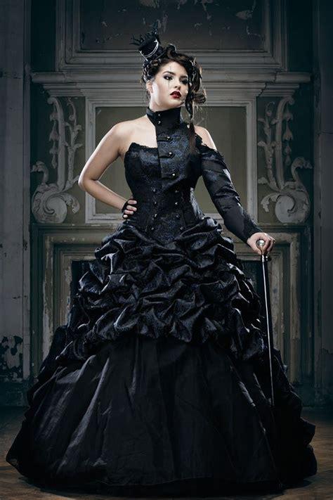 hochzeitskleid in schwarz schwarze brautkleider farbige brautmode und ausgefallene
