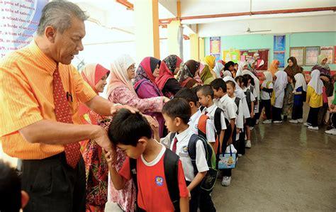 Student Academy Murid Binal bidding farewell seremban the school holidays are here foto astro awani
