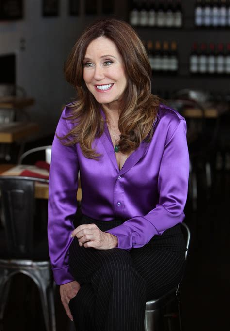 mary mcdonnell mary mcdonnell  extra