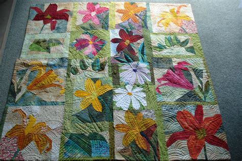 Flower Quilt by Quilts Pieced Flowers And Vegetables Quilts
