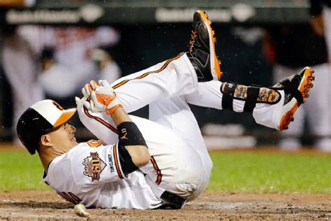 manny machado swing manny machado of baltimore orioles leaves with right knee