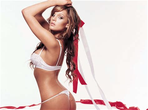 Danielle Lloyd Just Another Model Stripped Of Title by Danielle Lloyd Wallpaper Beautiful