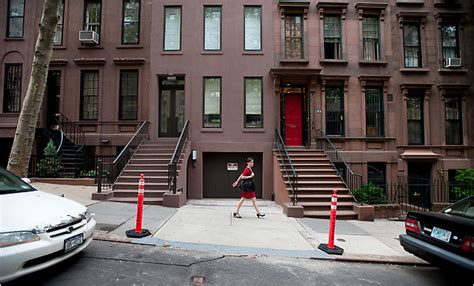do you want a townhouse with garage in manhattan