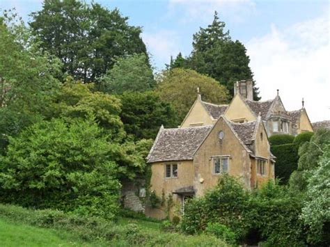 sykes cottages cotswolds court house uley self catering cottage