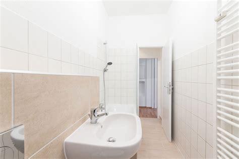 bagno lungo ristrutturare un bagno rettangolare lungo e stretto