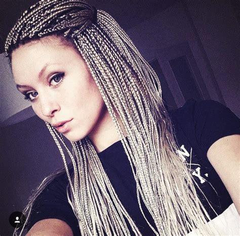 twisting hair for white women white girl braids crimp braids pinterest white girl