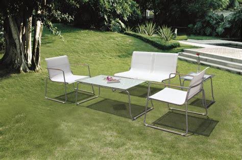 salon de jardin en resine blanc salon de jardin blanc design qaland