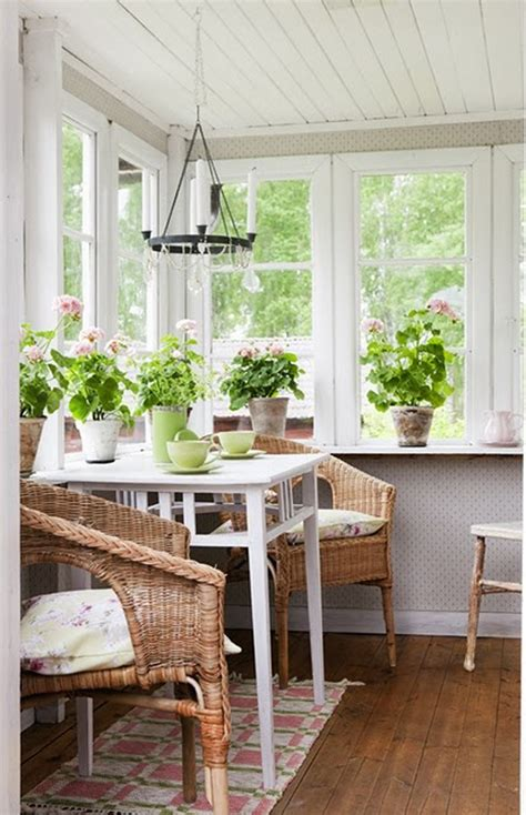 Sun Porch Ideas Small Sunroom On Sunroom Decorating Sunroom