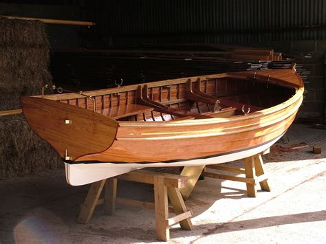 sailing boat hull stirling son take a clinker built 14ft sailing dinghy to