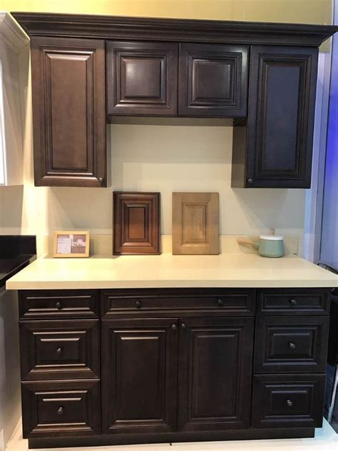 solid wood kitchen furniture top 25 best solid wood kitchens ideas on pinterest