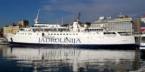 catamaran ferry wiki file liburnija ferry jadrolinija jpg wikimedia commons