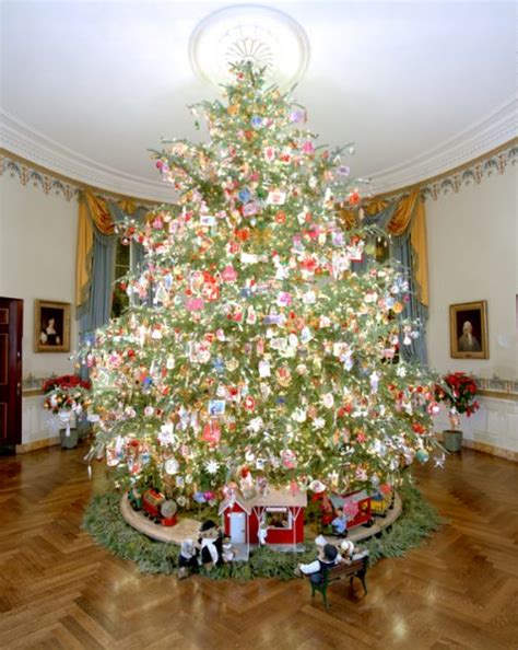 1996 blue room christmas tree pickens white house wednesdays