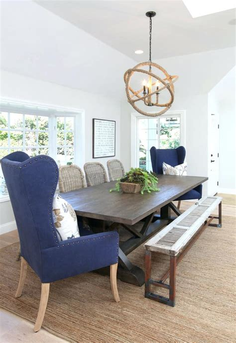mismatched chairs   add  unique touch