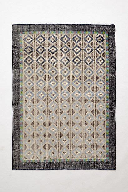 rugs like anthropologie knotted diamante rug anthropologie apartment