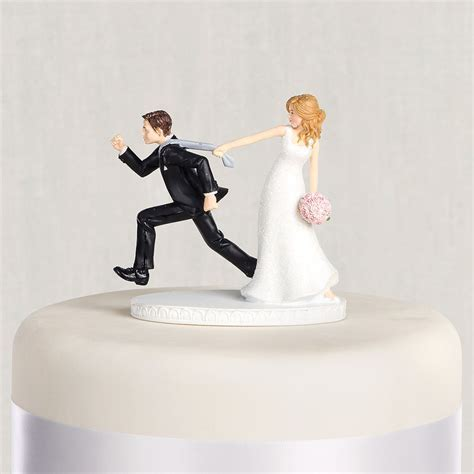 Tie Puller Bride & Groom Wedding Cake Topper 4 1/8in
