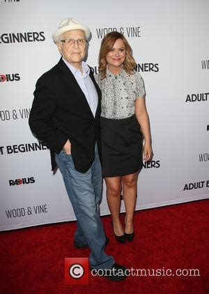 norman lear snl amy poehler opens up about past cocaine and ecstasy use
