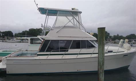 bay boat for sale no motor bayliner 3288 motor yacht 1987 for sale for 14 000