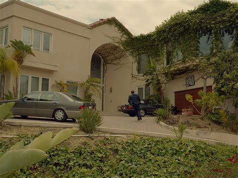 layout of oj simpson s house scene it before robert kardashian s former home from the