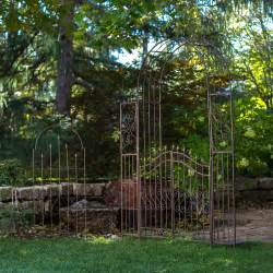Outdoor Arbors And Trellises Metal Garden Arbor Smalltowndjs