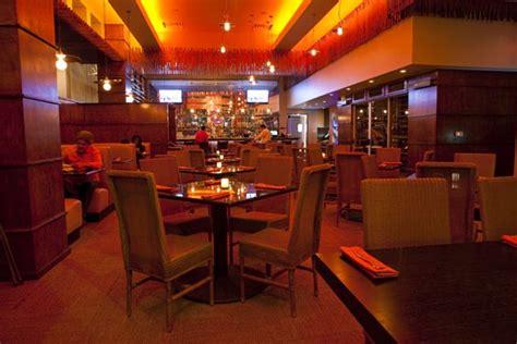 Uptown Kitchen And Bar by Naga Thai Kitchen And Bar Uptown Oak Lawn Thai