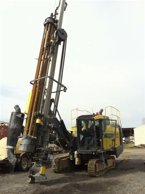 2012 atlas copco roc l8 flexiroc d65 feed venture