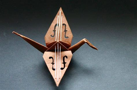 Paper Folding Crane - beautiful paper folding cranes by origami enthusiast