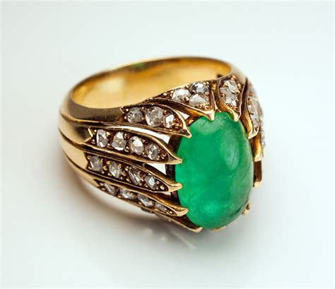 antique cabochon emerald 18k gold ring