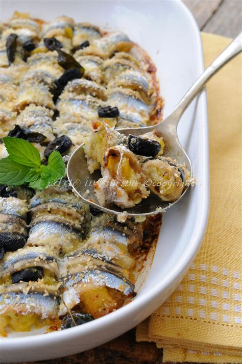 cucinare le alici al forno involtini di alici al forno con patate e olive arte in