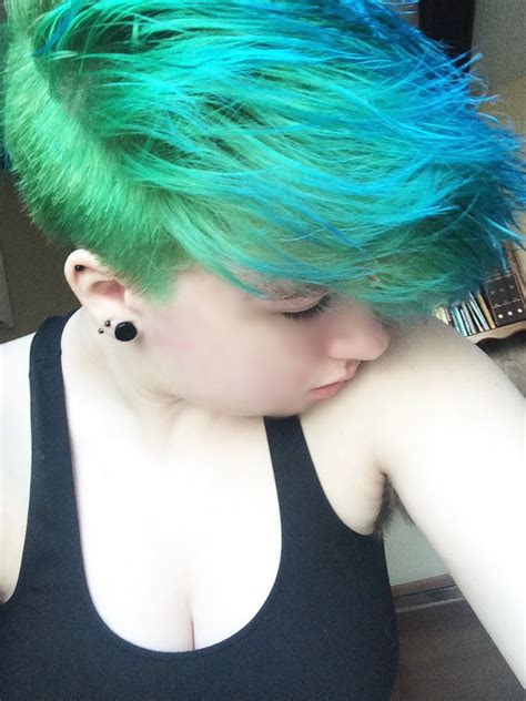 short hairstyles with dyed hair electric lizard with ion aqua or ion sky hair colors ideas