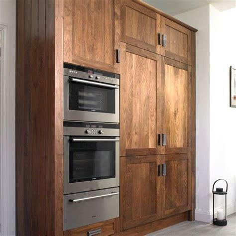 light walnut kitchen cabinets 24 best walnut cabinetry images on pinterest kitchens