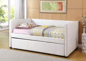White Wood Daybed With Trundle White Daybed With Trundle Furniture Agsaustin Org