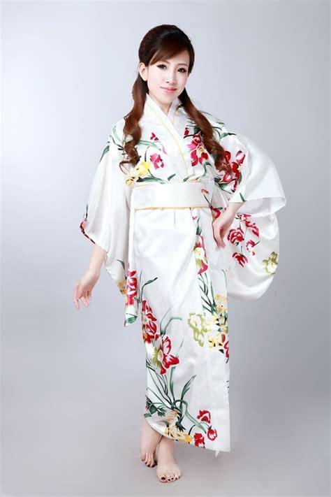 Clasik New Kimono high fashion colorful japanese silk yukata classic flower kimono with obi novelty