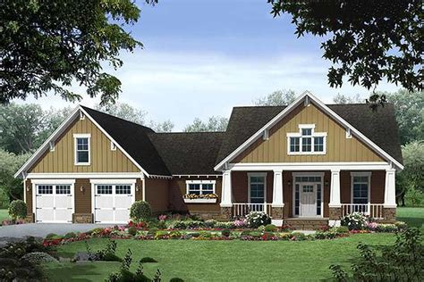 craftsman style home turn the garage to the side craftsman style house plan 3 beds 2 baths 1940 sq ft
