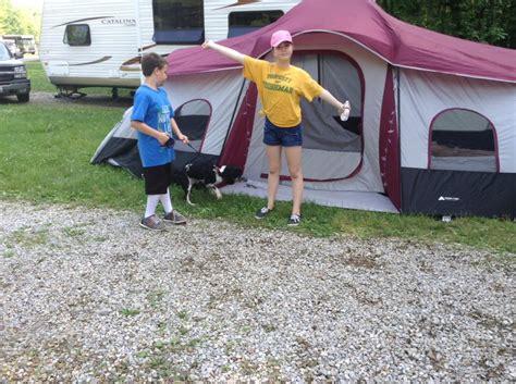 Ozark Trail 10 Person 3 Room Xl Family Cabin Tent by Ozark Trail 10 Person 3 Room Xl Family Cabin Tent Review