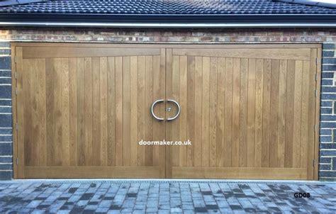 double garage doors images wageuzi double garage doors uk wageuzi